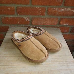 UGG Shoes - UGG Tasman Slippers Brown Size 6 Slip On 5955